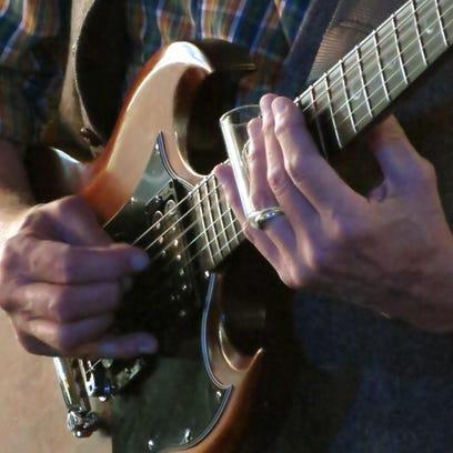 Illustration: Guitar.