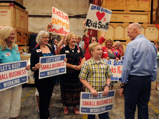 Rick Scott visits Sorensen Moving 7.jpg
