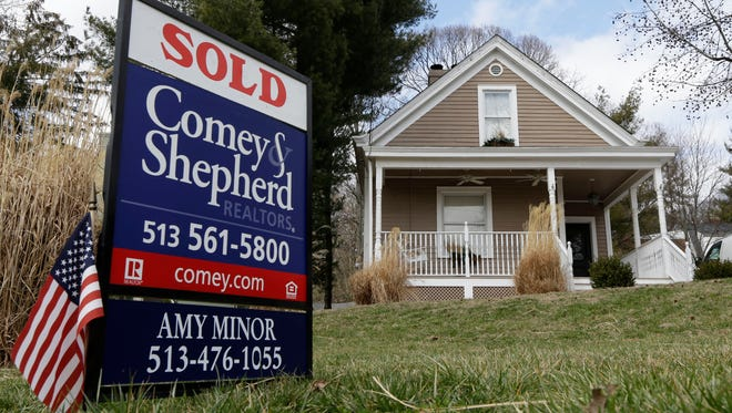 The Manitowoc County housing market lost some momentum as summer closed, with median home prices and existing home sales seeing a modest drop in August compared to a year ago, according to figures released Monday, Sept. 21, by the Wisconsin Realtors Association.