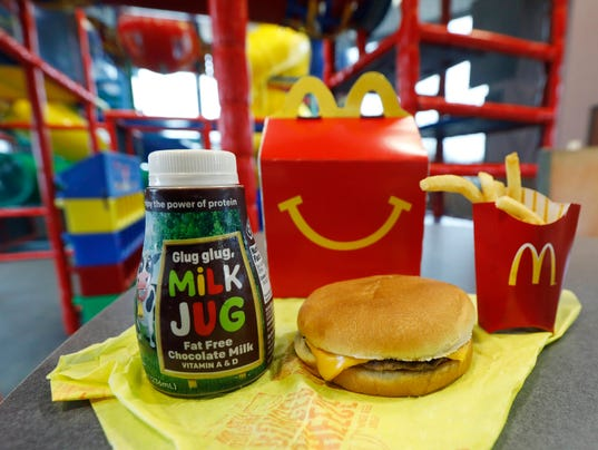AP MCDONALDS HAPPY MEAL CHANGES A F USA MS
