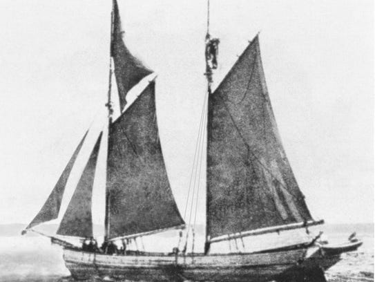 The Lizzie Throop was of similar build to this two-masted