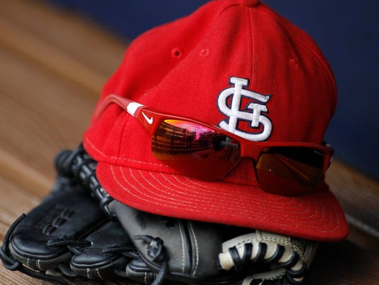 2015-06-16-cardinals-cap