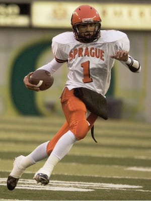 Joey Wong quarterback .First half action, Sprague vs. Lake Oswego in the 4A sate football championship. 12/11/04.