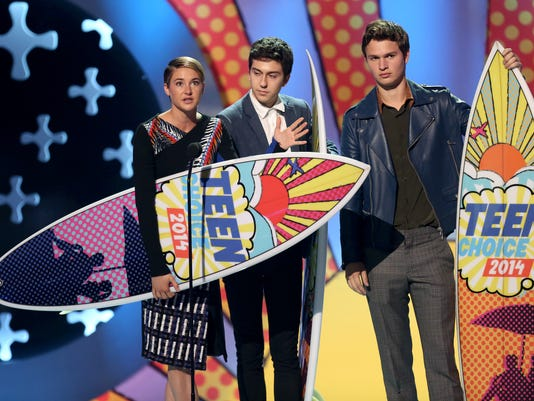Teen Choice Awards 20_Youn.jpg