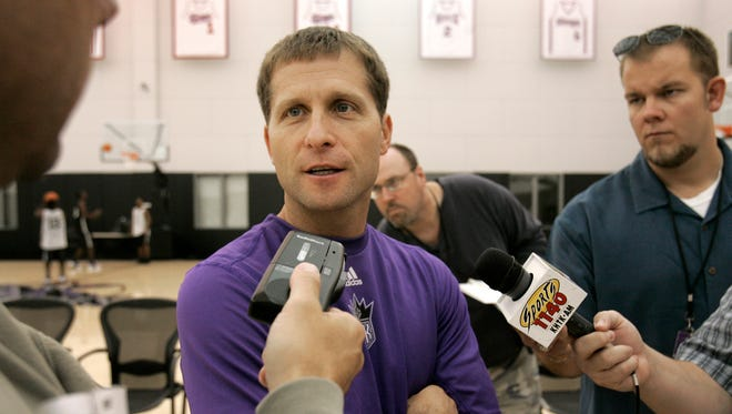 Former Sacramento Kings head coach Eric Musselman joins LSU's staff.