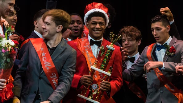 Isiah Pacheco is named the 2018 Mr. Vineland at Vineland