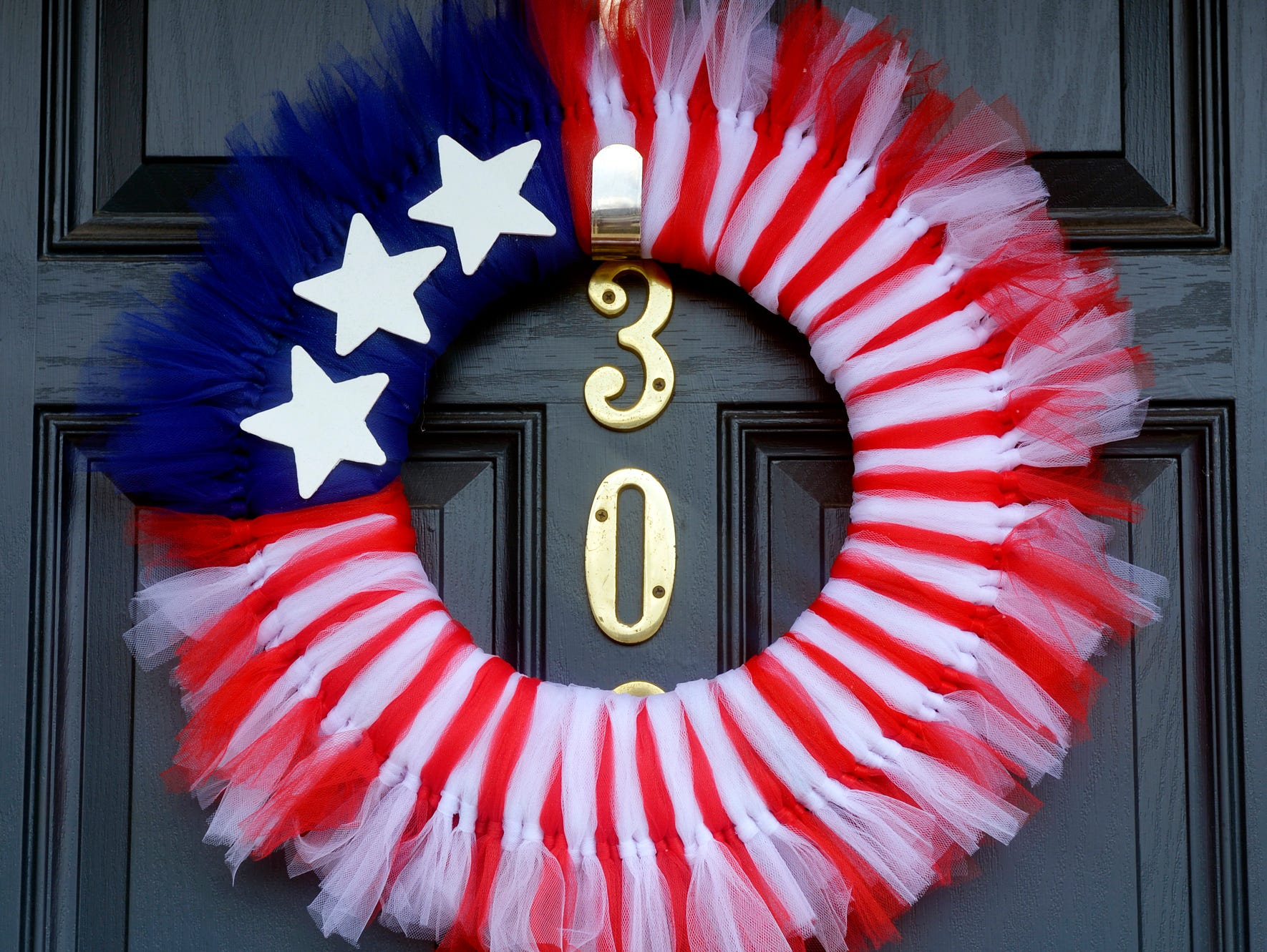 This is a great way to decorate your door for Memorial Day, Fourth of July, Flag Day or every day.