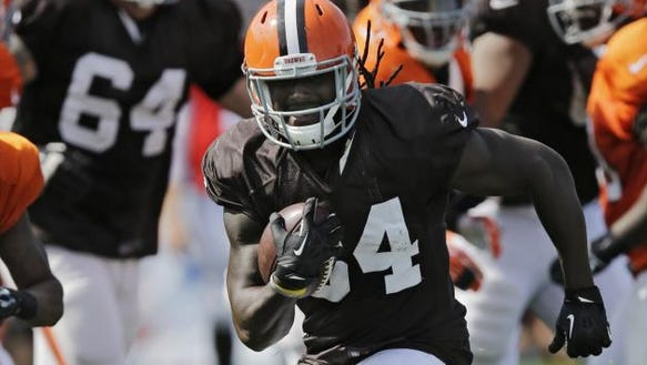 Some Cleveland fans want to see Isaiah Crowell emerge