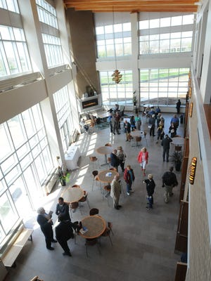 The University of Wisconsin-Oshkosh Alumni Welcome and Conference Center has a 500 person ballroom, a 36-person executive board room and several 40-person breakout rooms as well as state-of-the-art technology throughout the building.