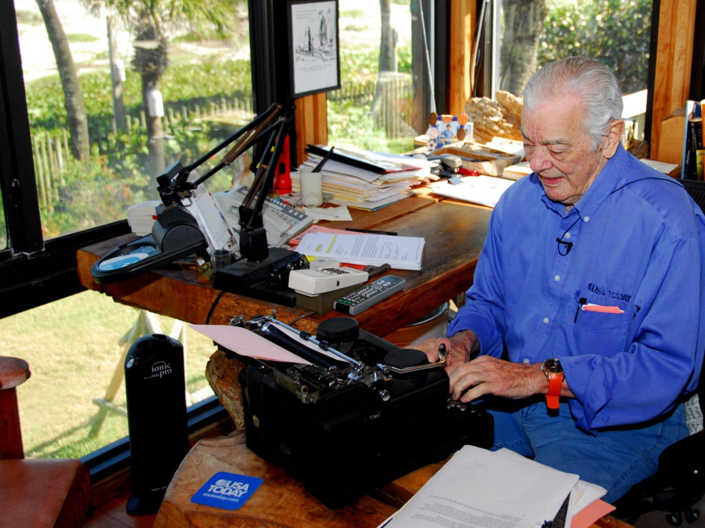 The late Al Neuharth writing in his Pumpkin Center