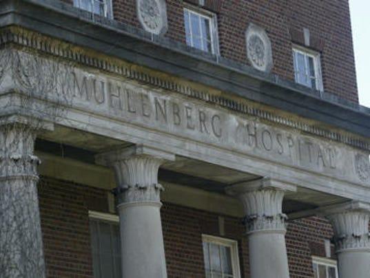 636486957536287210-Muhlenberg-Hospital-facade.jpg