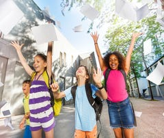 School's out for summer! Now what? Simplify with these 6 tips for parents