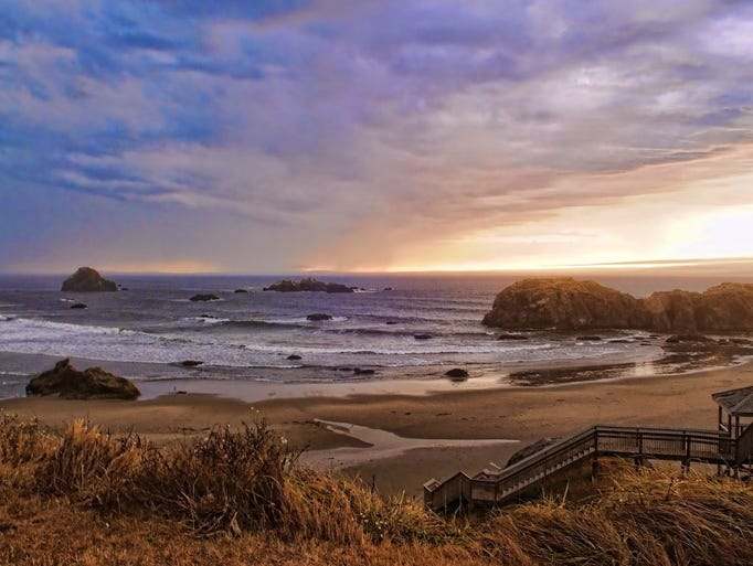Southern Oregon's little-known Bandon Beach has it