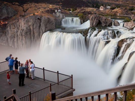Photo Op at Shoshone Falls, Idaho