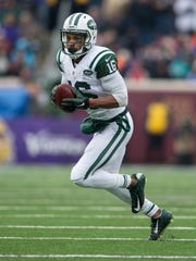 Percy Harvin rushes against the Minnesota Vikings during