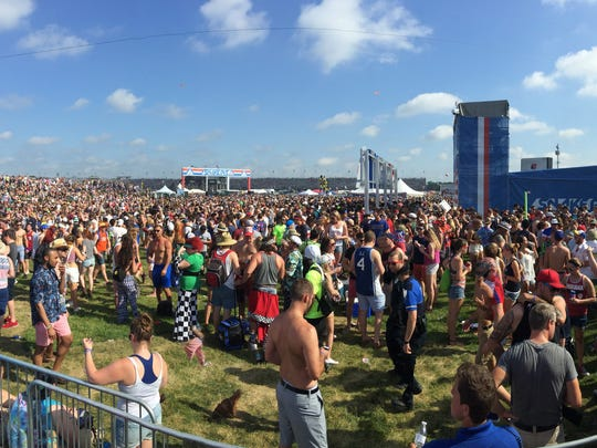 A panoramic shot of the Snake Pit from the VIP area.
