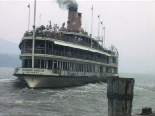 The Hudson River Day Liner Alexander Hamilton, 1967