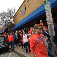 Clemson football celebration goes smoothly