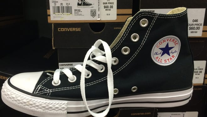 But according to the American Academy of Pediatric Sports Medicine, for good foot health, the condition of the shoe is often more important than price or brand status.