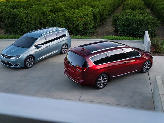 2017 Chrysler Pacifica Hybrid and Pacifica