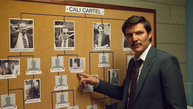 'Narcos': With Pablo Escobar dead, the DEA and Javier Peña (Pedro Pascal) are now going after the Cali Cartel.