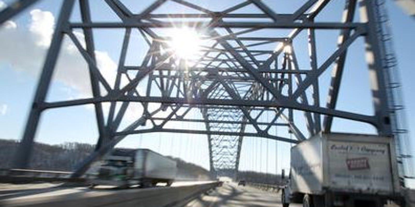 Coast Guard: Coal barge strikes I-275 Carroll Lee Cropper Bridge in NKY