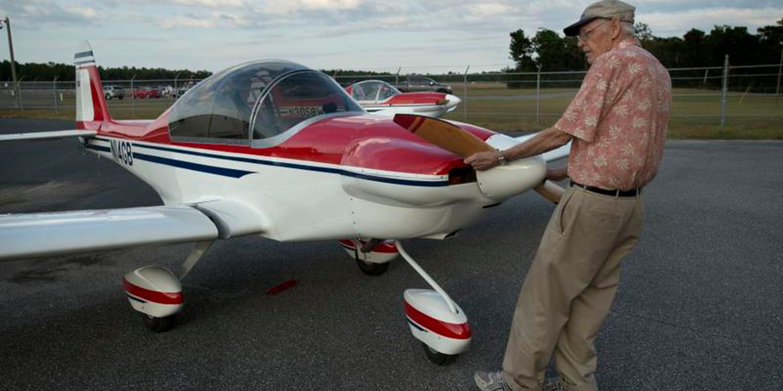 Pensacola aircraft designer's experimental plane soars