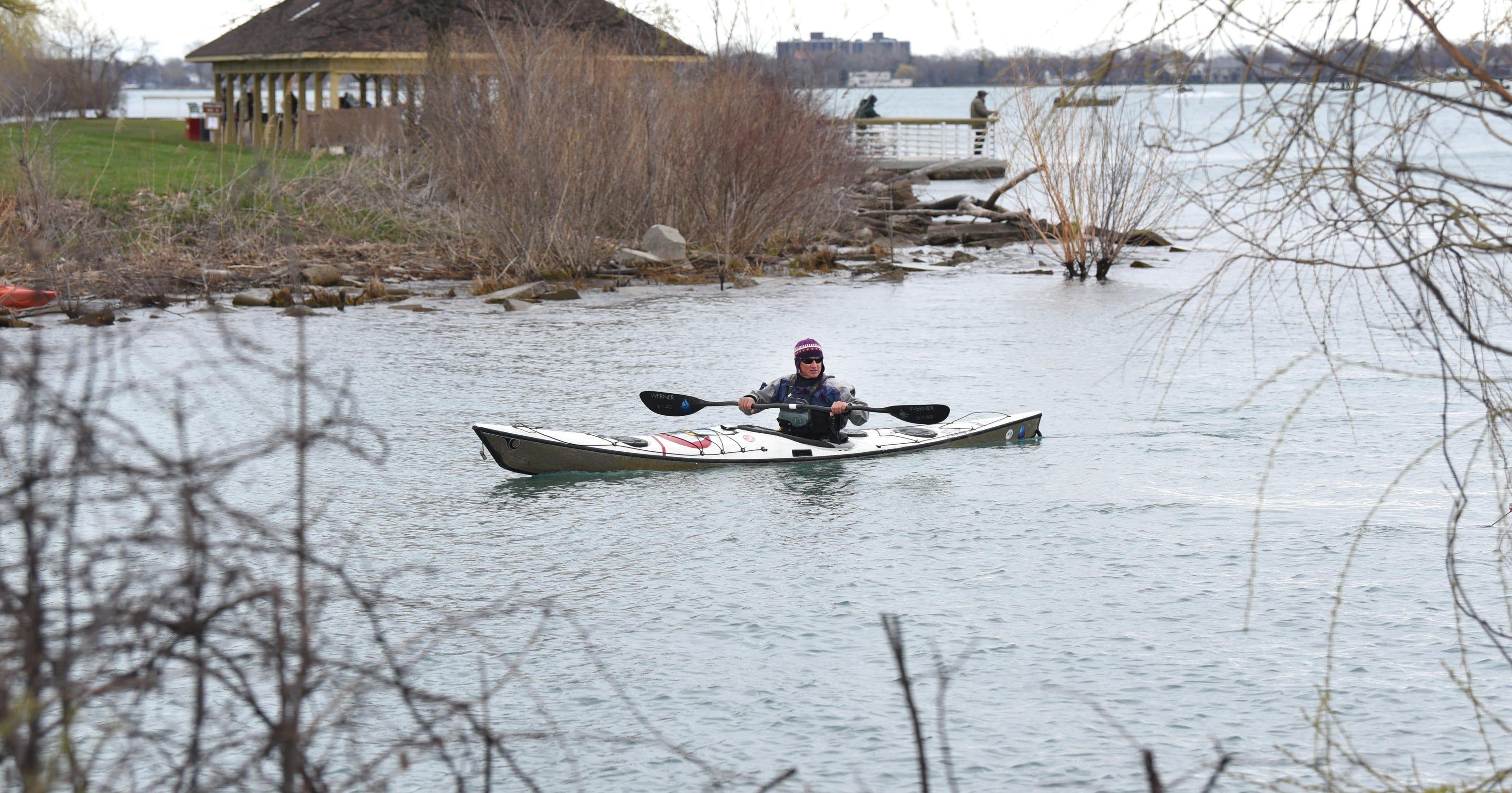 Debate on kayak, canoe registration makes waves in Michigan