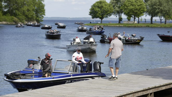 The Cabela's National Walleye Tour arrived in Oshkosh on Lake Winnebago Thursday. One hundred and forty professional anglers took to the lake.