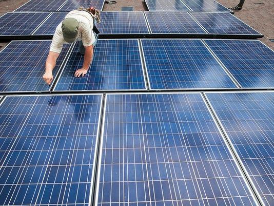 635798289296018355-MNI-1007-solarpower-32