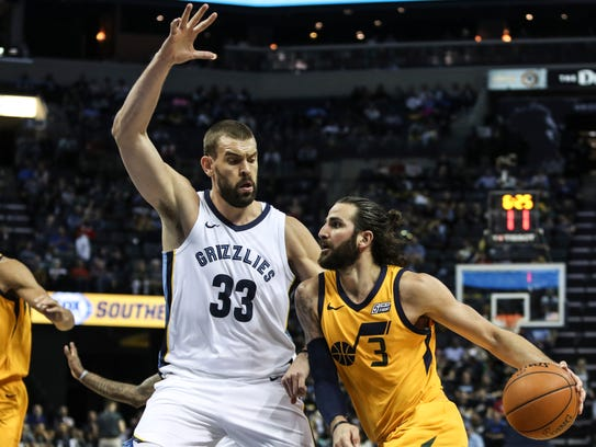 March 09, 2018 - Utah's Ricky Rubio attempts to get
