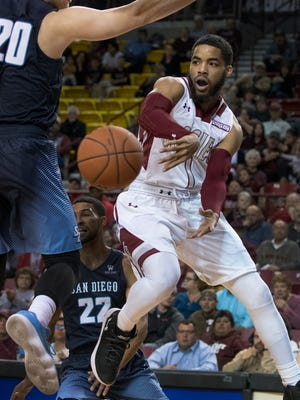 Shunn Buchanan and the New Mexico State Aggies head up to Albuquerque to face New Mexico.