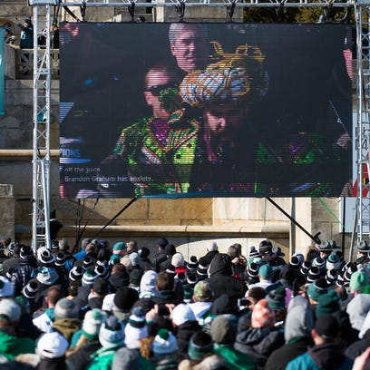 Watch: Philadelphia cops celebrate Eagles' Super Bowl by dancing with crowd