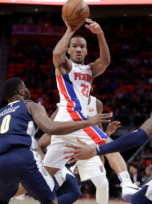 Pistons guard Avery Bradley passes during the first half on Tuesday, Dec. 12, 2017, at Little Caesars Arena.
