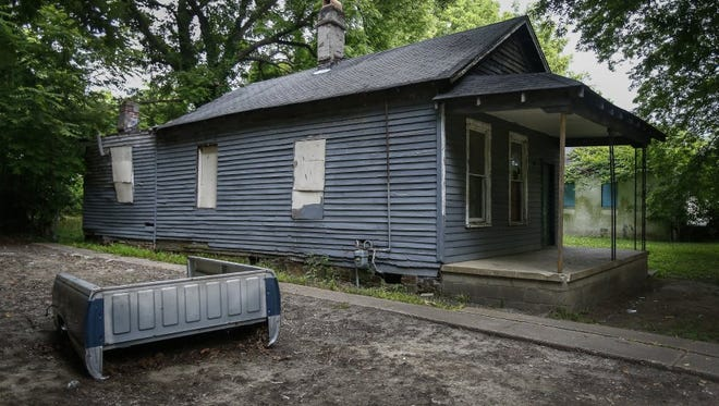 The boarded-up house at 406 Lucy Avenue, birth home of soul singer Aretha Franklin, could be demolished under a Shelby County Environmental Court order.