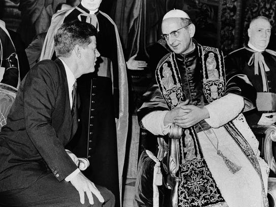 President John F. Kennedy and Pope Paul VI talk at
