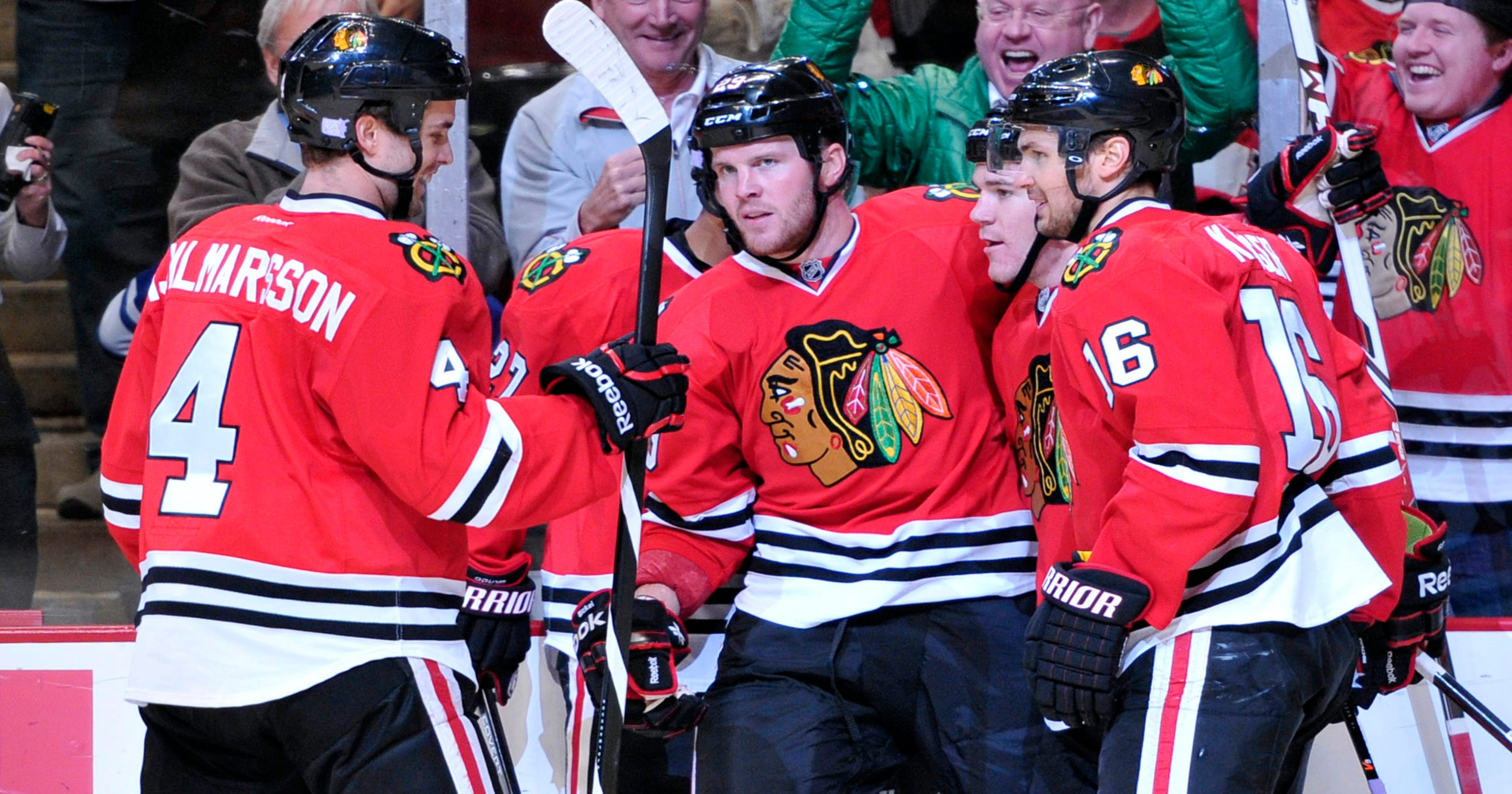 Bryan Bickell sparks Blackhawks  3-1 win over Maple Leafs af94fb149