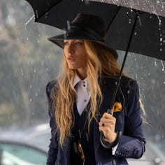 7 reasons 'A Simple Favor' should be your farewell to summer 2018