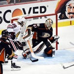 Blackhawks center Jonathan Toews (19) scores a goal past Ducks goalie Frederik Andersen (31) in Game 7 of the Western Conference Final.
