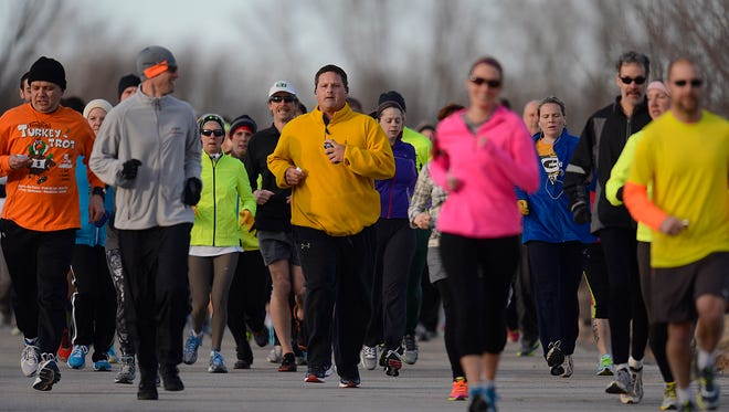 Runners take part in the 2014 Bellin Run training class at Bellin Health's Green Bay Health & Athletic Performance Center in Ashwaubenon on Wednesday, April 2, 2014. Evan Siegle/Press-Gazette Media