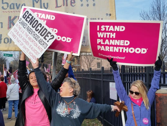 AP PLANNED PARENTHOOD PROTESTS ST LOUIS A USA MO