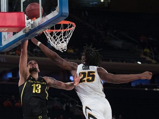 Iowa_Oregon_Basketball_30006.jpg