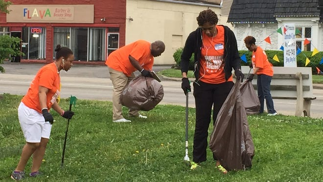 Members of Mt. Zion Apostolic Church went out into their Northeastside neighborhood to ServeLoud.