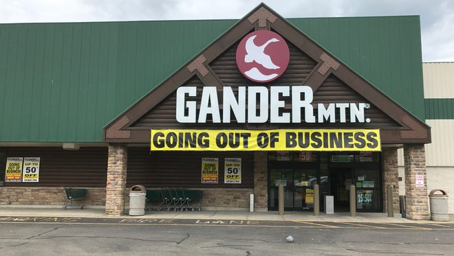 Gander Mountain's Johnson City location is back on the closing list after its new owner discovered the location was flooded in 2006 and 2011.
