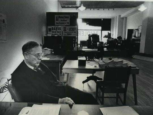 Frank P. Zeidler, the former Milwaukee mayor and Socialist Party USA presidential candidate, takes a moment in his campaign office in this May 1976 photo.