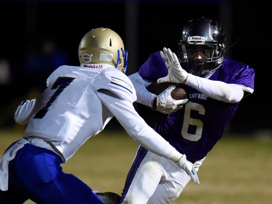 Cane Ridge wide receiver Jared Mccray (6) tries to
