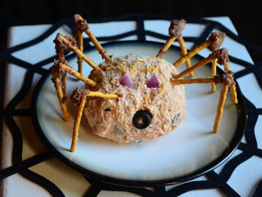 636438361740867892-spider-cheeseball.JPG