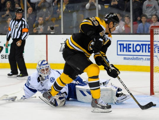 Bruins Open Season With Win Over Lightning