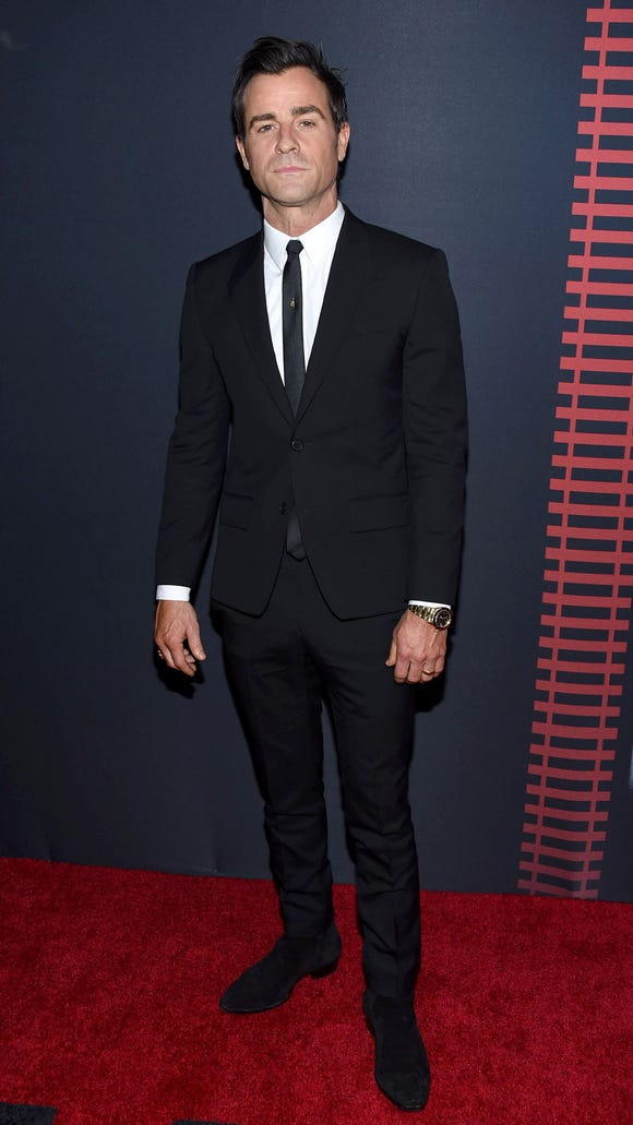Justin Theroux cleans up nice.