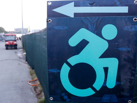 636358860976172786-WheelchairSign-02.jpg